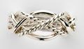 Серебряное кольцо с уникальными переплетениями