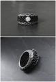 Серебряное кольцо с фианитом и с кожей ската. Стихия - вода