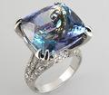 Кольцо с роскошным полихромным танзанитом и бриллиантами